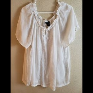 Torrid White Gauze Embroidered Lace Ruffle Top